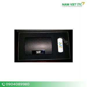 GSN-02-Bo-Giftset-bo-qua-tang-usb-but-hop-namecard-pin-sac
