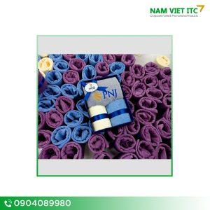 Set khăn quà tặng thêu logo PNJ